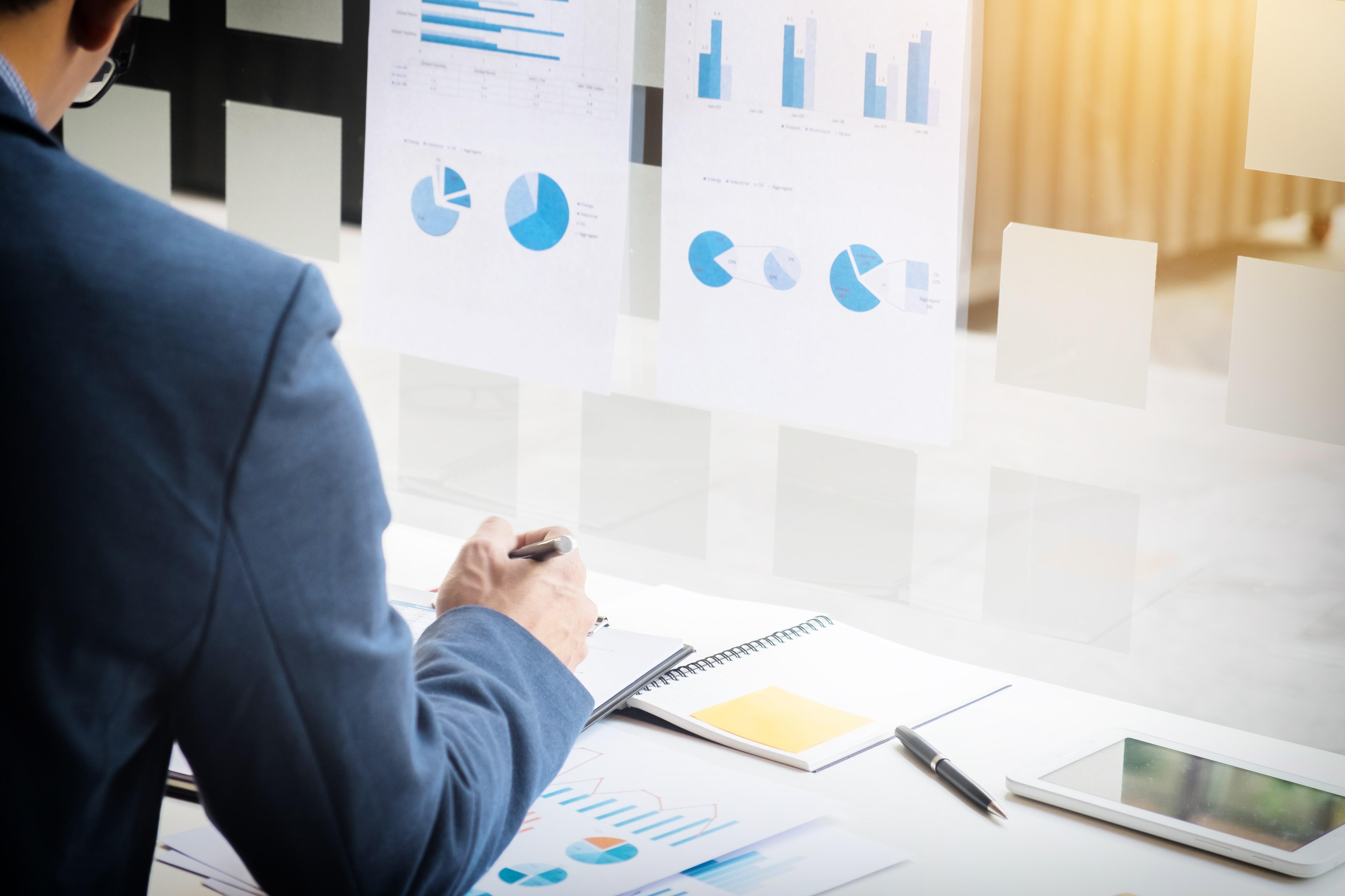 O mais novo termo do mercado se refere à combinação da análise gerencial, mineração de dados, visualização de dados e muito mais