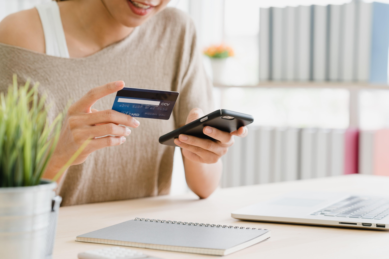 O e-commerce é um modelo de varejo digital que veio para ficar. Entenda como pode melhorar suas vendas com um serviço digital de qualidade